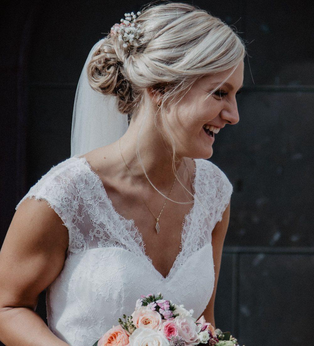 Lachende Braut, Gesamtplanung, Gesamtplanung light, Hochzeitsplanung